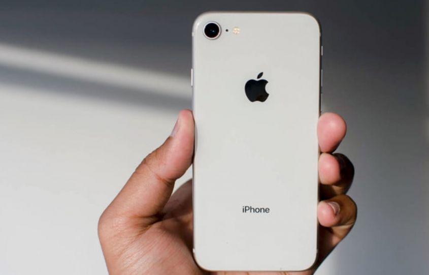 Batteria iPhone 8 capacità